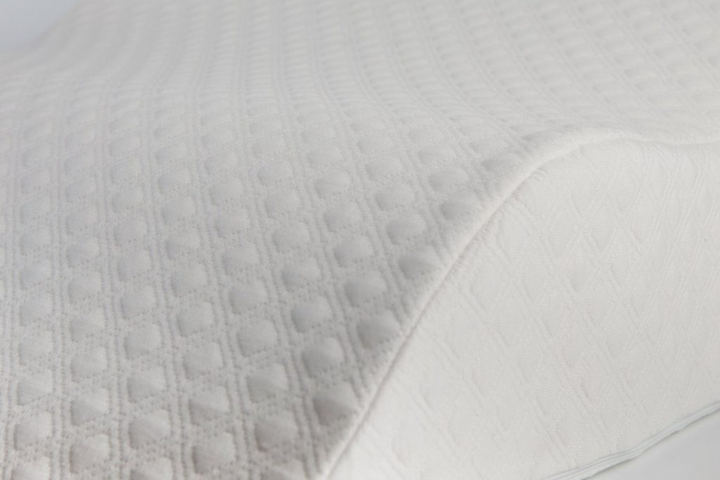 AERIS-Anti-snoring-Wedge-Pillow-quality-review-by-snoremagazine