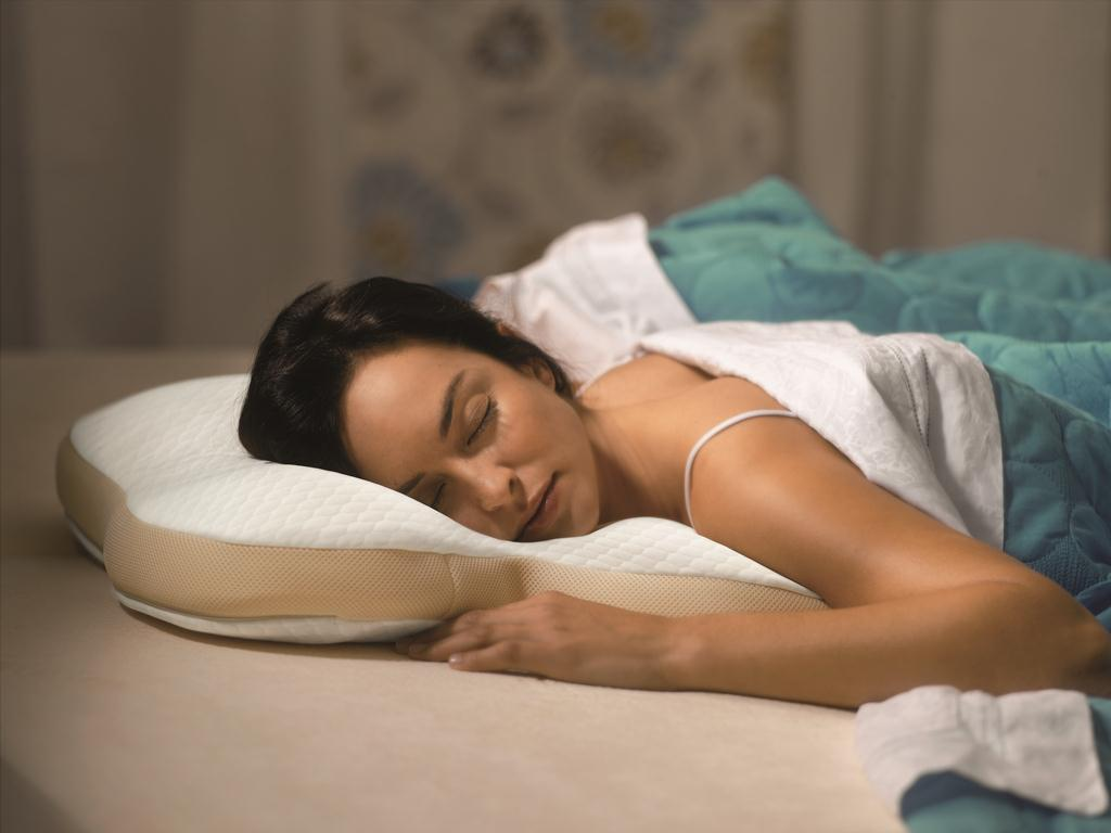 Best Pillow for Stomach Sleepers Reviews by www.snoremagazine.com