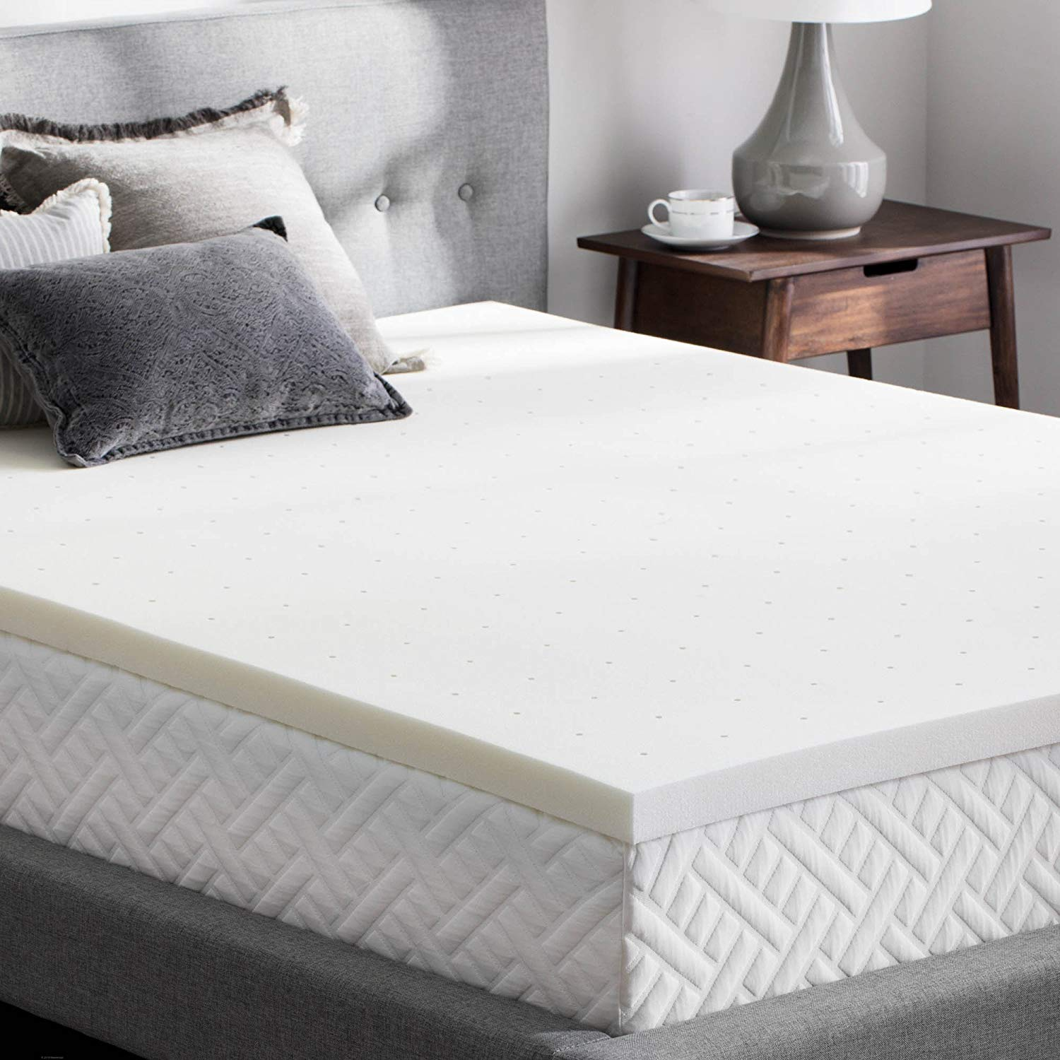 WEEKENDER Best Mattress Topper for Back Pain Review by www.snoremagazine.com