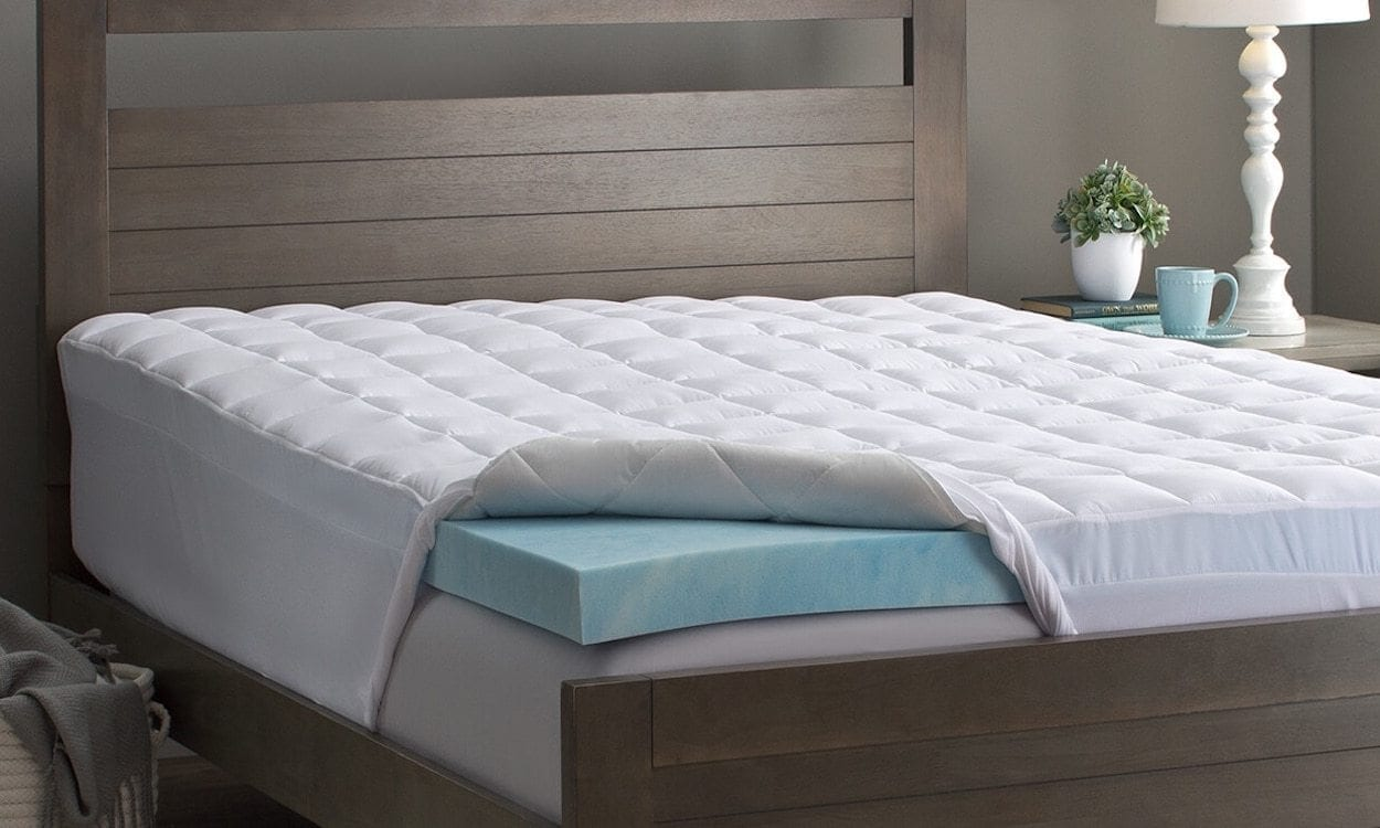 Best Memory Foam Mattress Topper Review by www.snoremagazine.com