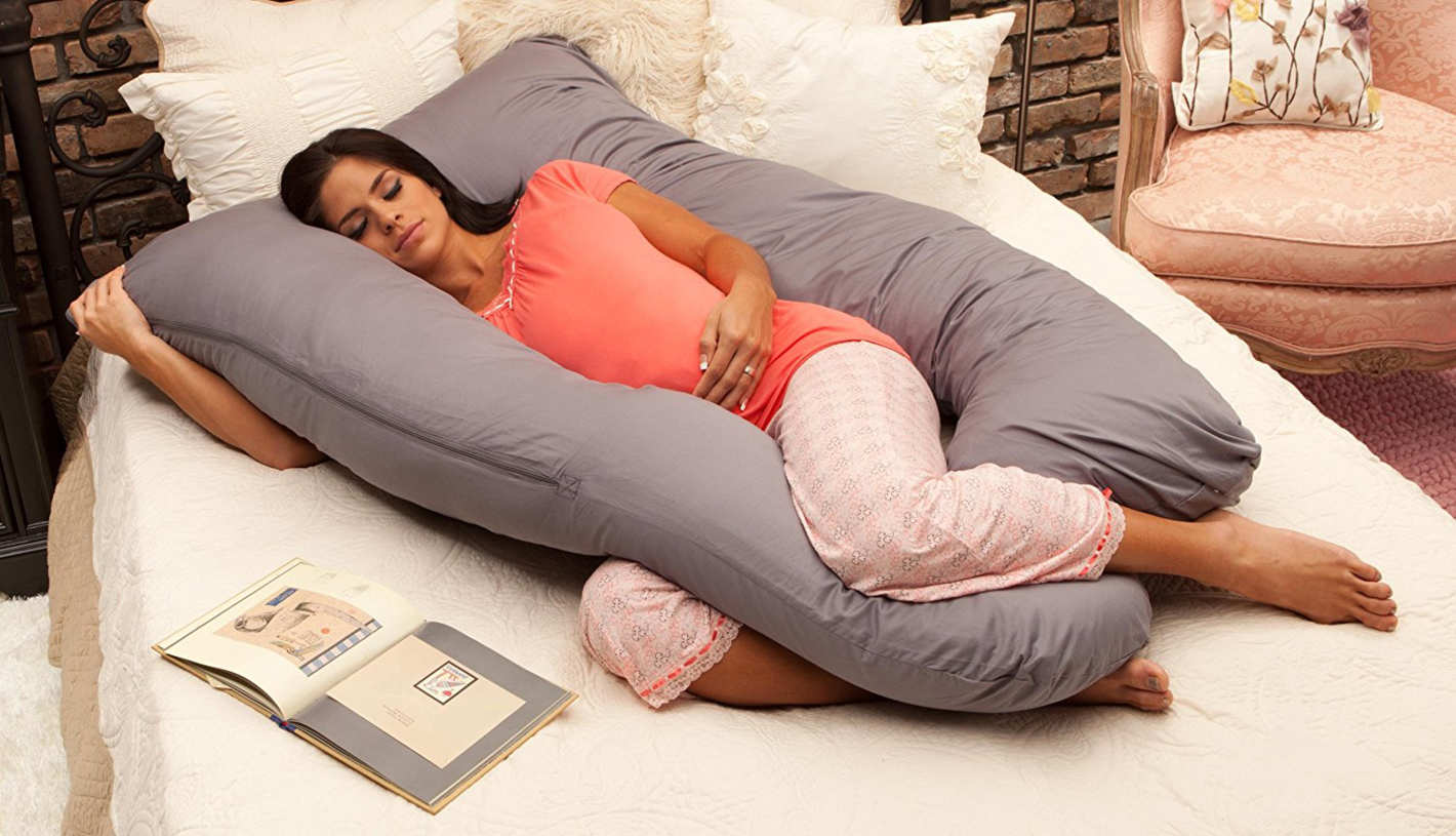 Best Pregnancy Pillow Review by www.snoremagazine.com