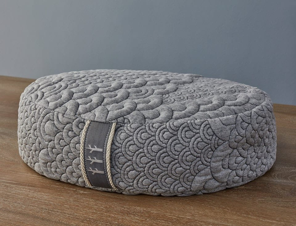 Brentwood Home Meditation Pillow Review by www.snoremagazine.com