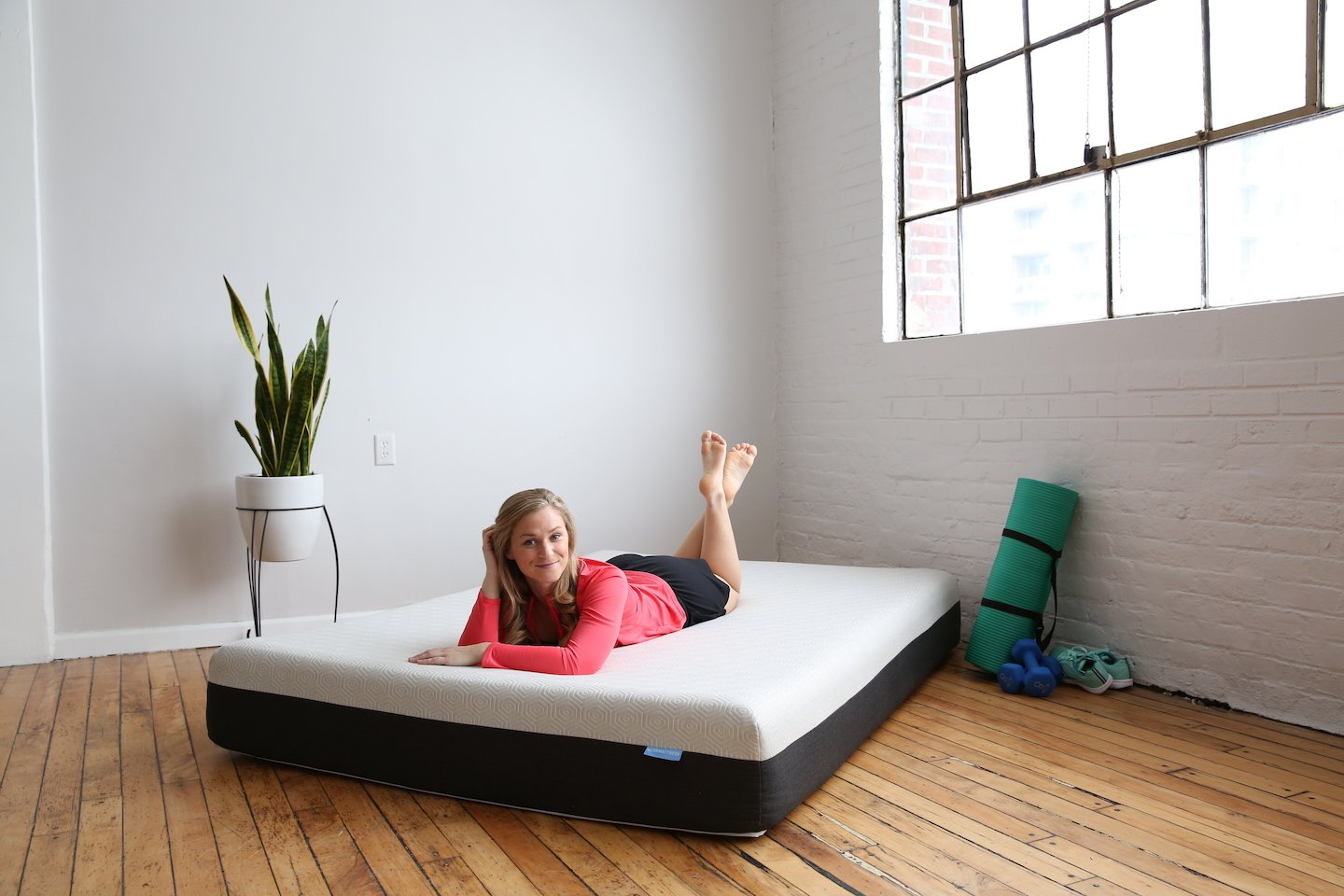 LUCID Best Mattresses Under $1000 Review by www.snoremagazine.com