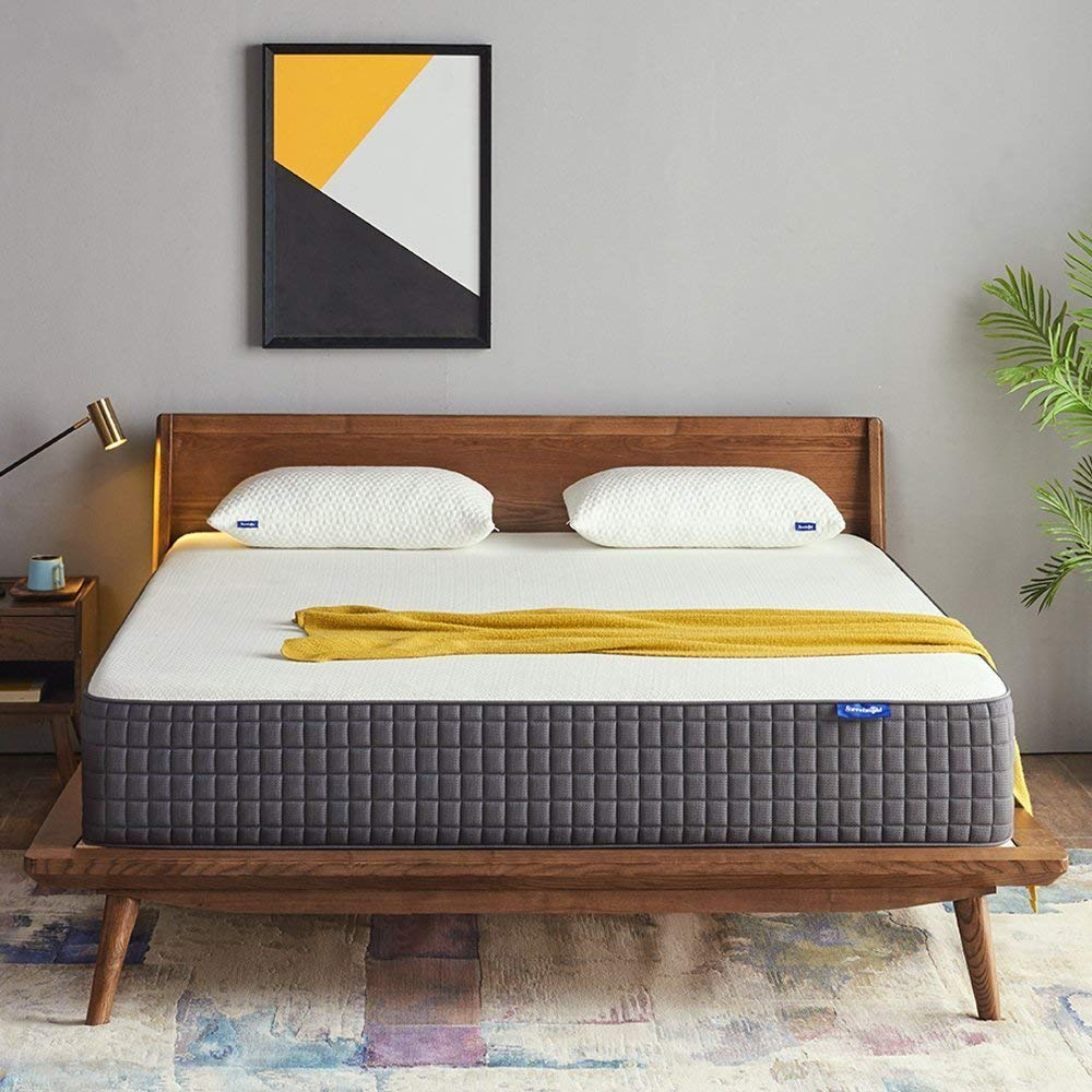 Sweetnight Best Mattresses Under $1000 Review by www.snoremagazine.com