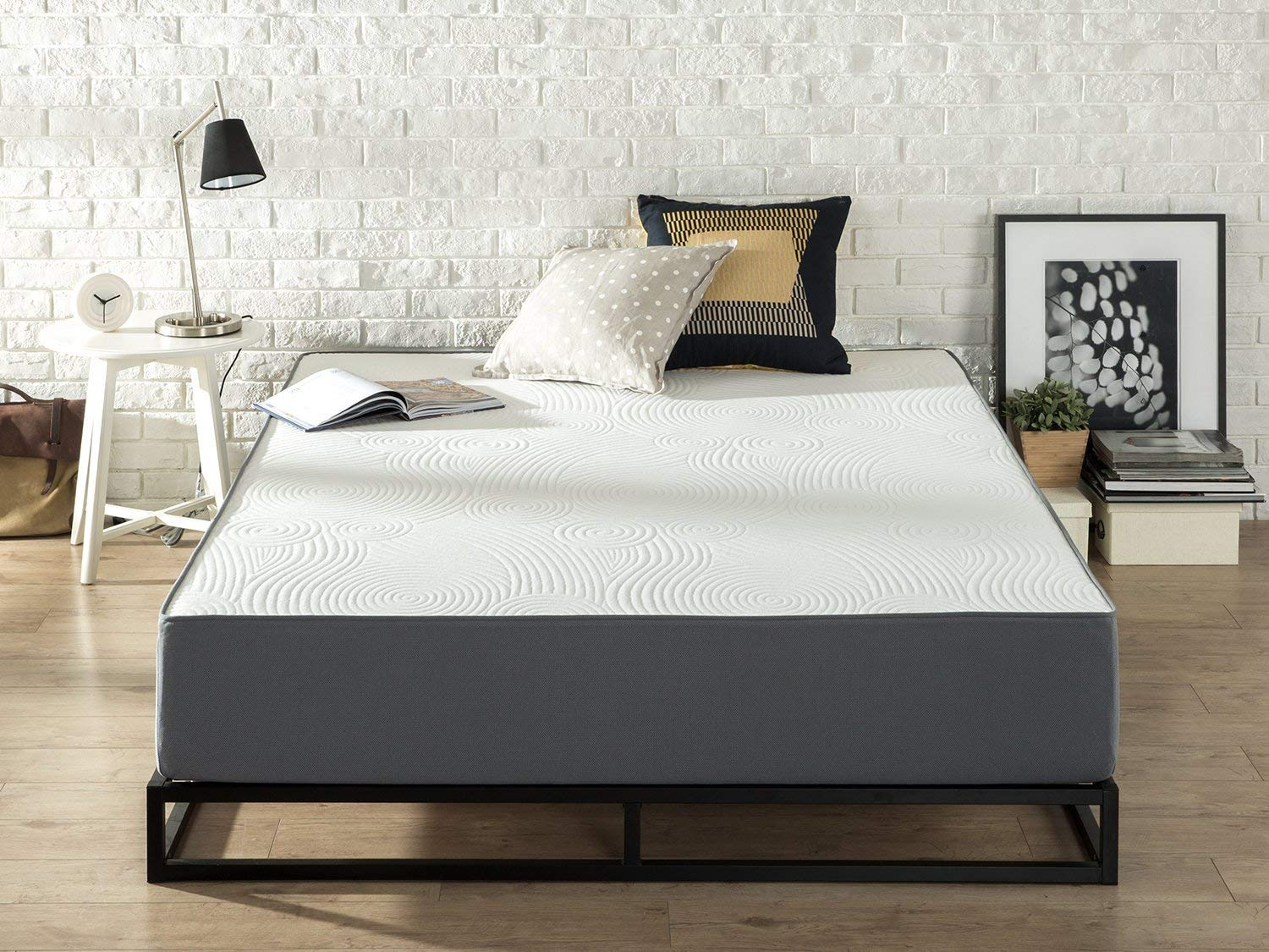 Zinus Viscolatex Best Mattress Under $500 Review by www.snoremagazine.com