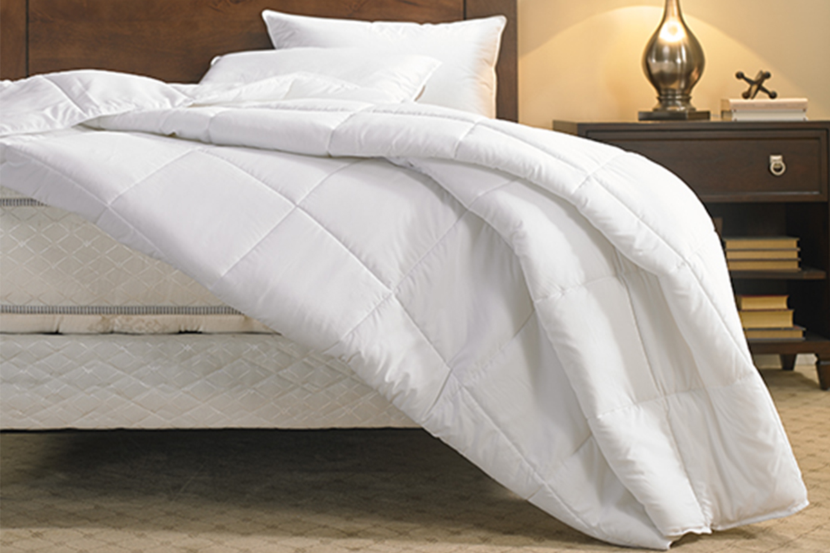 Duvet vs Comforter Reviews and Buying guide by www.snoremagazine.com