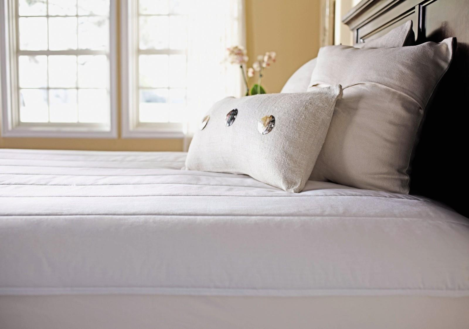 Heated Mattress Pad Reviews and buying guide by www.snoremagazine.com