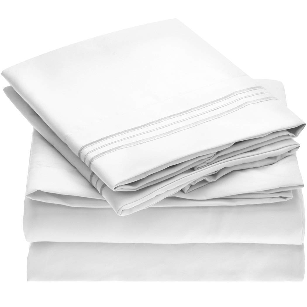 Mellanni Microfiber vs. Cotton Sheets Review by www.snoremagazine.com