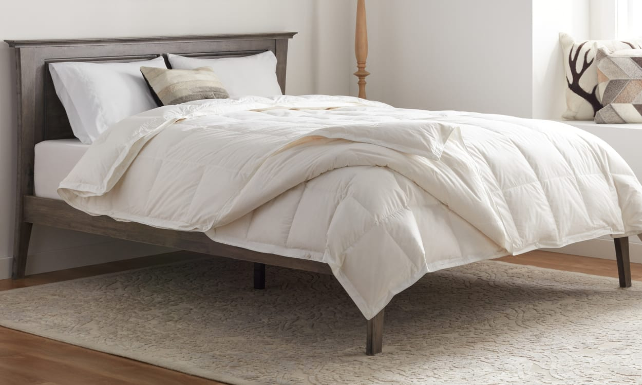 Best Comforter Reviews And Buying Guide by www.snoremagazine.com