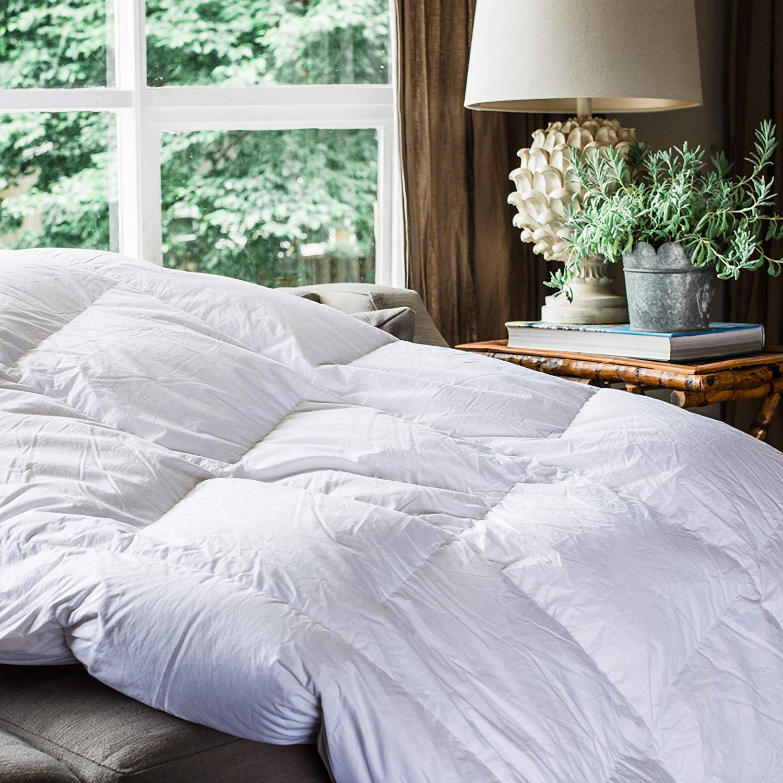 Cocoon Comfort Lightweight Comforter Review by www.snoremagazine.com
