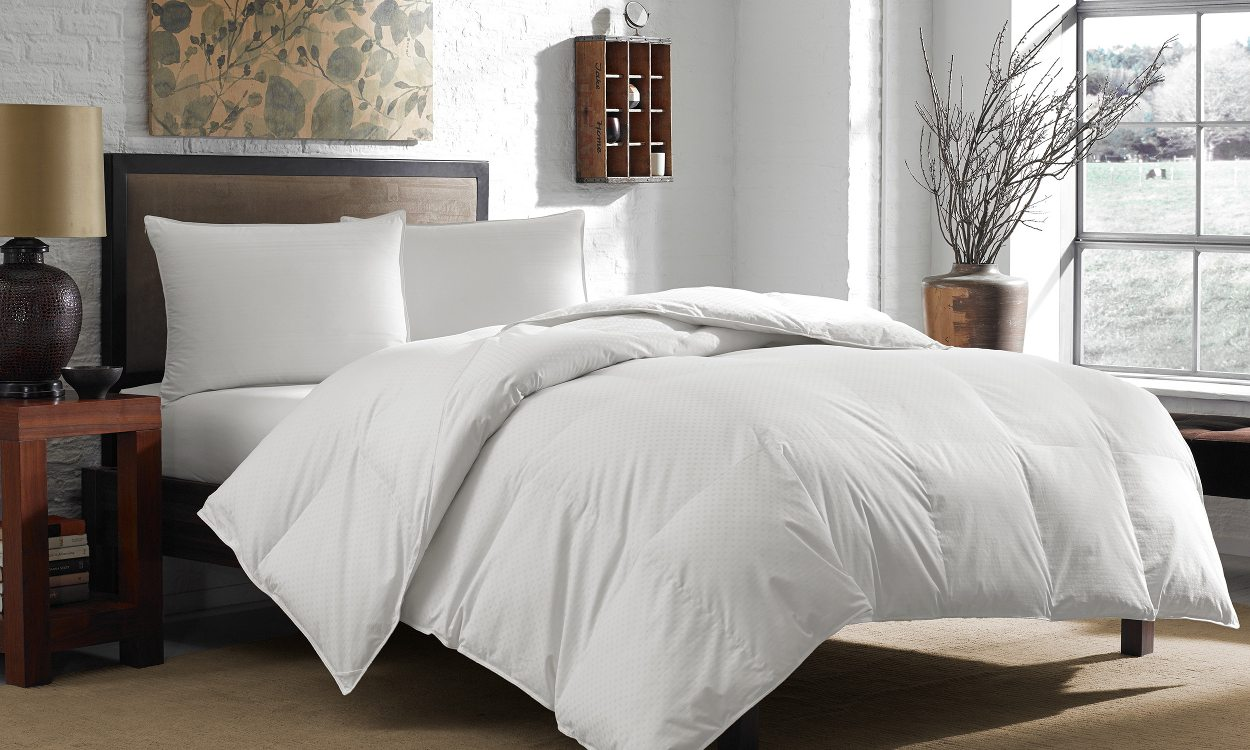 Down Alternative Comforter Reviews and Buying Guide by www.snoremagazine.com