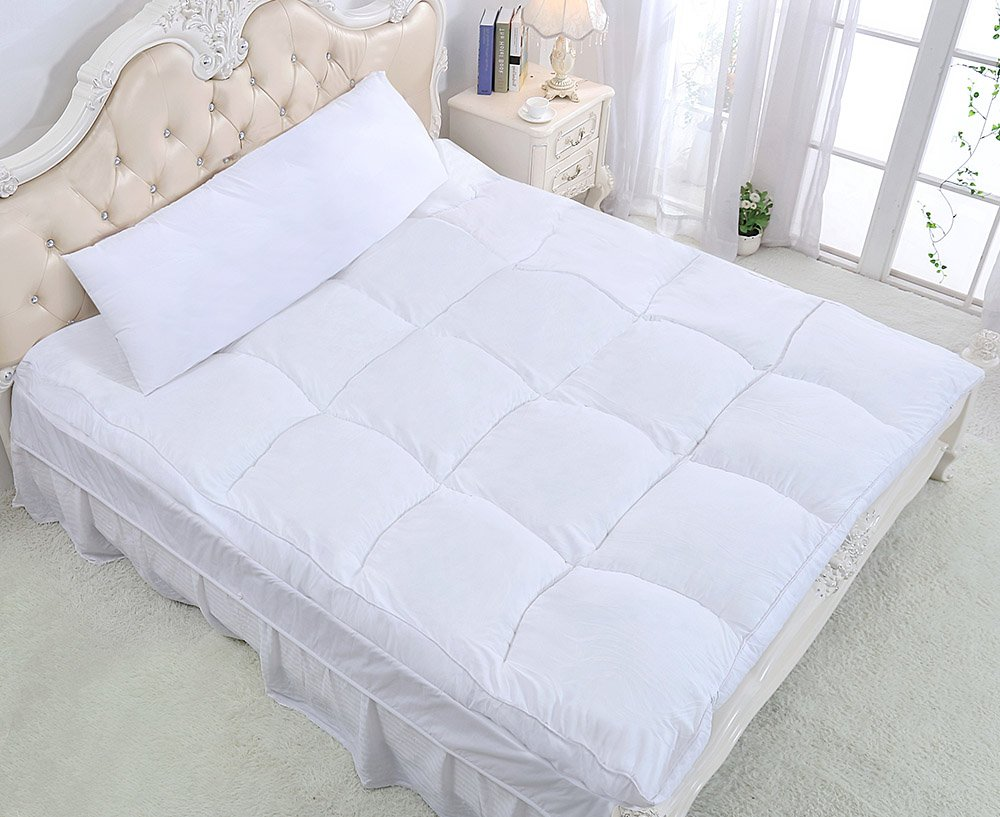 QUEEN ROSE Feather Mattress Topper Review by www.snoremagazine.com