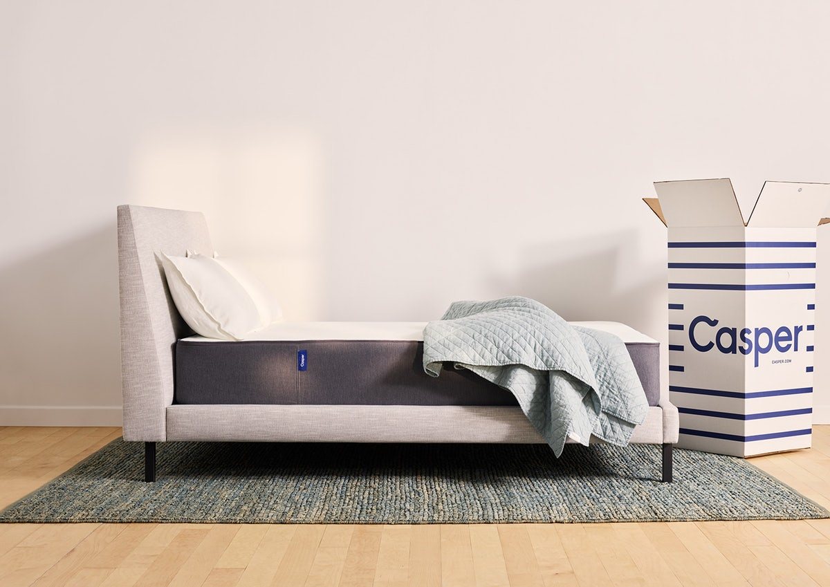 Casper vs TempurPedic Reviews and buying guide by www.snoremagazine.com